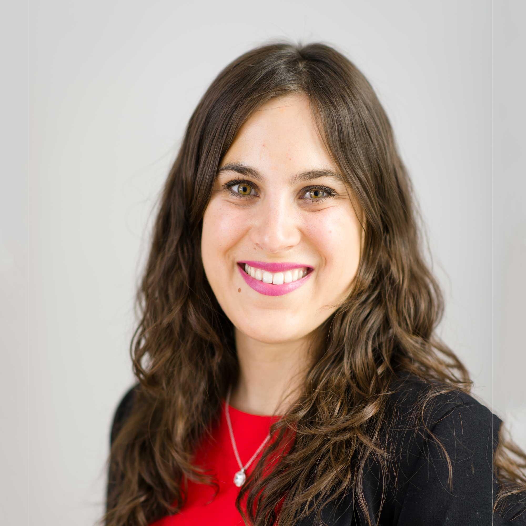 Dr Adriana Perez-Encinas